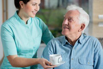 Как найти хорошую сиделку по уходу за пожилым человеком в больнице