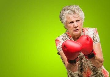 Откуда берется агрессия у пожилых людей